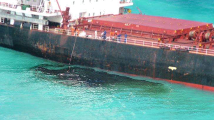 Denizi Kirleten Gemiler