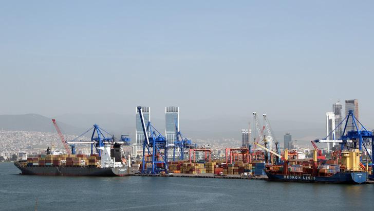 İzmir Alsancak Limanı